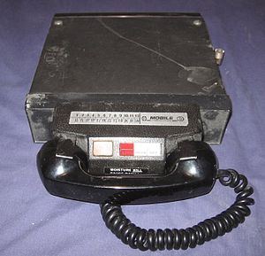 English: A mobile radio telephone.