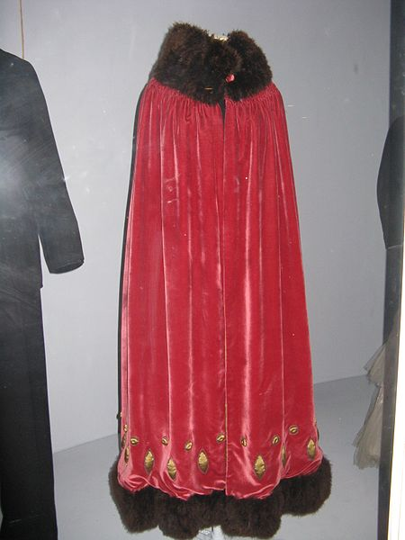 Marabou feather trimmed cloak circa 1920s England  via Wikimedia
