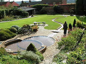 English: Chalice Well Gardens