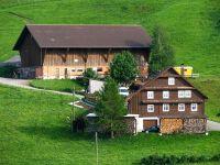 Farmhouse - Wikipedia
