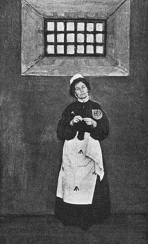 English: Emmeline Pankhurst in prison dress