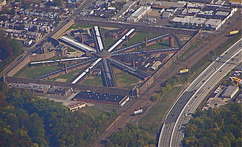 English: Holmesburg Prison seen from the air; ...