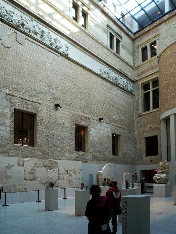 Neues Museum Berlin Griechischer Hof