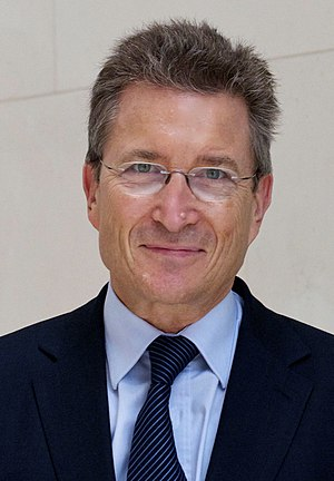 Deutsch: Porträtfoto Prof. Dr. Dr. h.c. Wolfga...