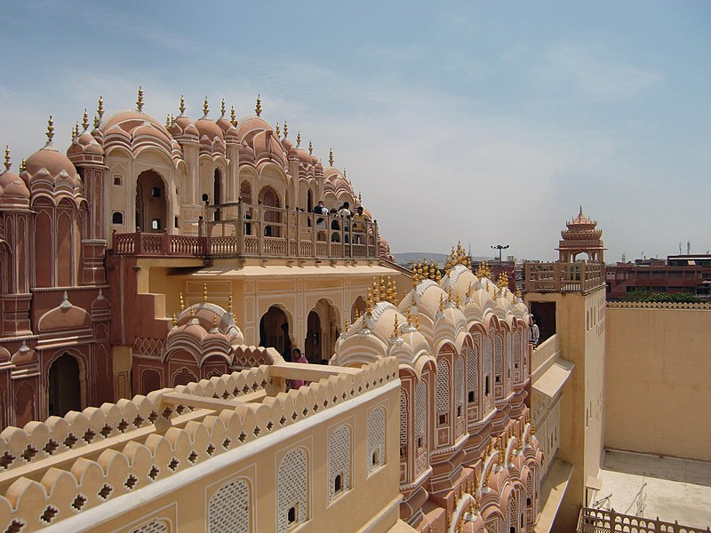 File:Backside of Hawa Mahal01.jpg