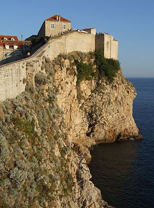 English: City walls in Dubrovnik Česky: Mětskě...