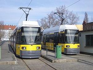 Deutsch: Straßenbahn Berlin, Zweirichtungs-Nie...
