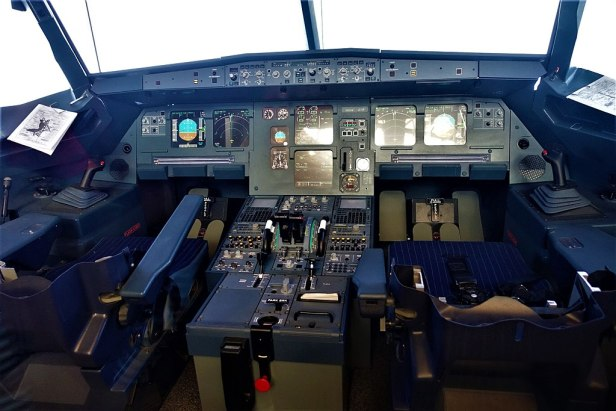Airbus A320 Simulated Cockpit - www.joyofmuseums.com - National Air and Space Museum