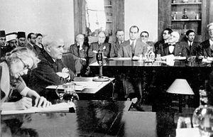 English: David Ben-Gurion testifying before th...