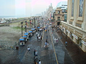 Atlantic City (NJ) - The boardwalk in a rainy day