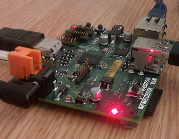 English: Extract from Raspberry Pi board at Tr...