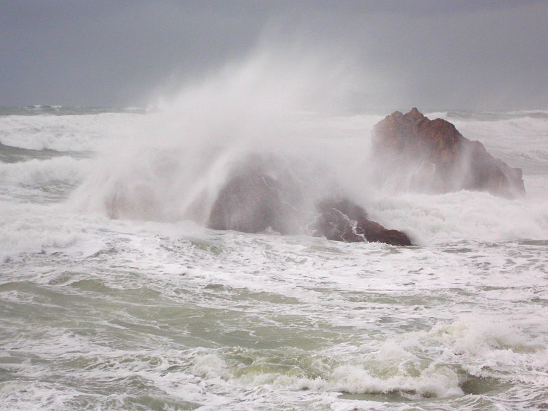 File:The angry Atlantic coast.JPG