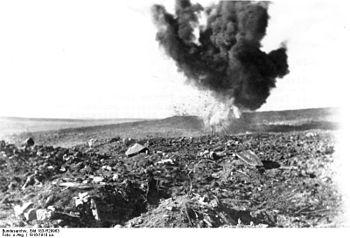 Bundesarchiv Bild 183-R29963, Bei Verdun, expl...