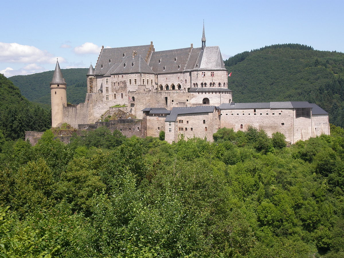 Vianden  Travel guide at Wikivoyage
