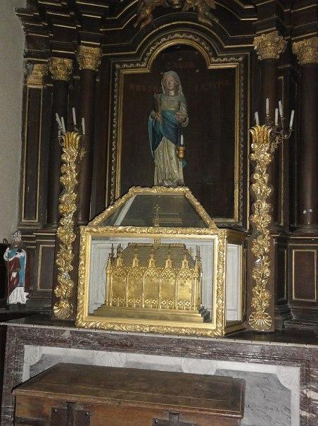 Liessies (Nord, Fr) église, reliquaire Ste Hiltrude.jpg