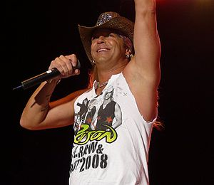 Bret Michaels with Poison at the Moondance Jam...