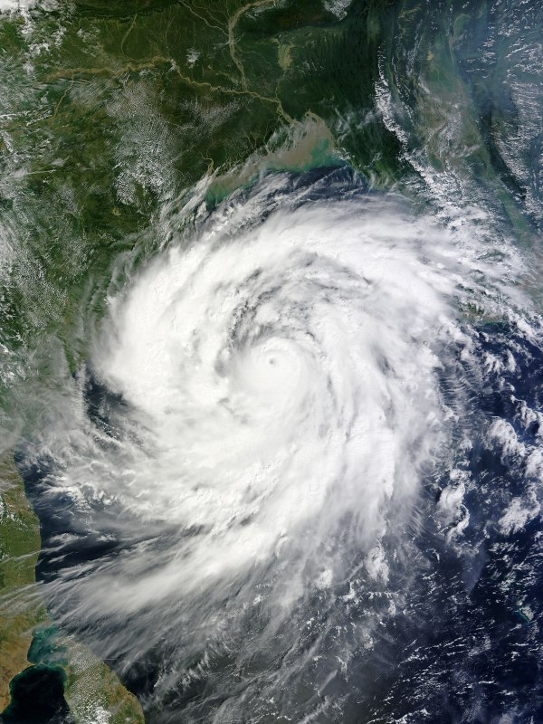 Cyclone Phailin - Wikipedia