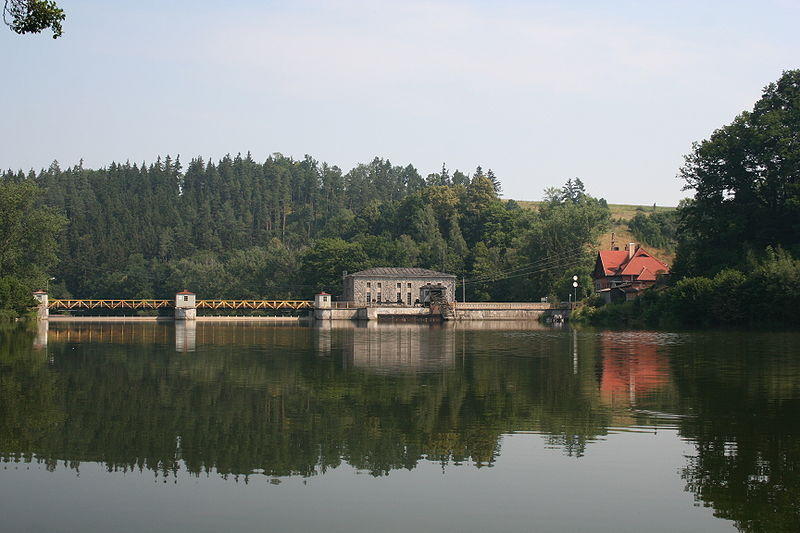 Plik:Wrzeszczyn Lake 01.jpg