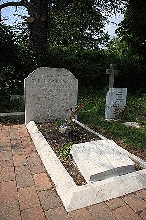 English: Grave of T E Lawrence - Moreton T. E....