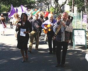 Paul Winter Consort playing (New York City, 2005)