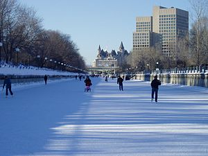 English: Rideau Canal in Ottawa, Canada, Janua...