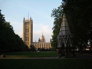 Victoria Tower Gardens, 2005, with the Buxton ...