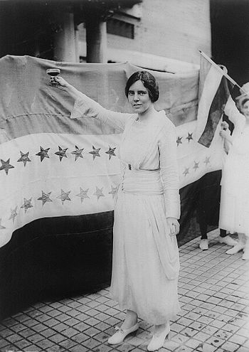 English: Alice Paul, full-length portrait, sta...