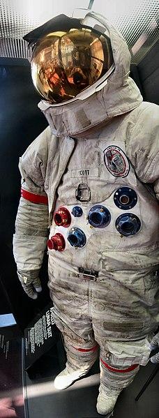 File:Apollo 15 Space Suit David Scott.jpg
