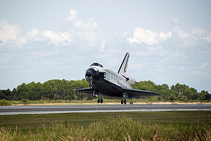 Space shuttle Endeavour landing at the end of ...