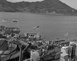 250px-TAcoma_class_frigates_fantails_Korea_1952.jpeg