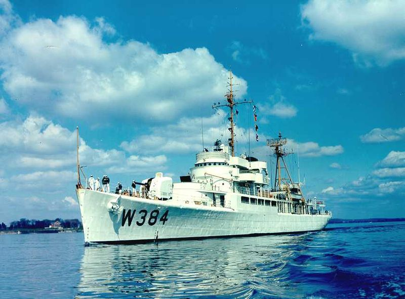 File:USCGC Cook Inlet (WHEC-384).jpg