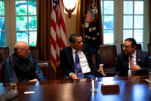 President Barack Obama (center) with Afghan Pr...