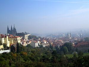 Deutsch: Blick von Kloster Strahov auf Prag, T...