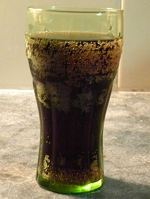 English: Glass of cola