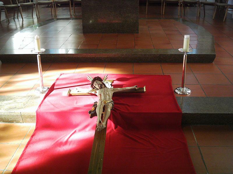 File:St.Martin-Karfreitag36.JPG
