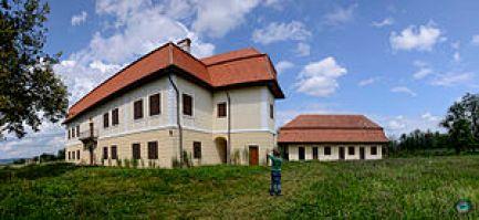Imagini pentru castelul brancoveanu