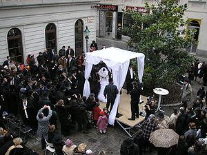 Orthodox Jewish wedding with chupah in Vienna'...