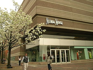 English: Neiman Marcus in Copley Square on a r...