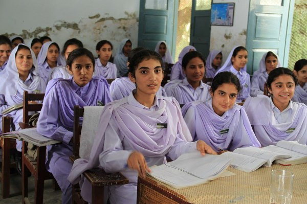 File Girls In School Khyber Pakhtunkhwa Pakistan