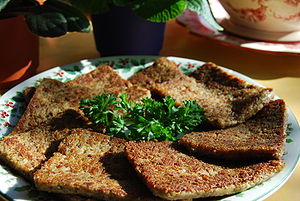 English: A pound of sliced, pan-fried liver mush