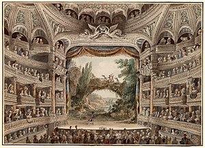 O interior do Comédie-Française em Paris, (França), onde se pode ver o palco, os camarotes, galerias e fosso da orquestra, a partir de uma aguarela do século XVIII.