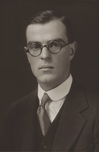 English: Thornton Wilder pictured in his Yale ...