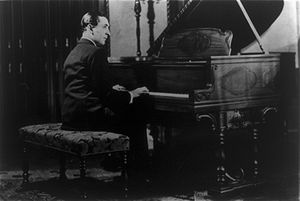 Vladimir Horowitz, full-length photo portrait,...