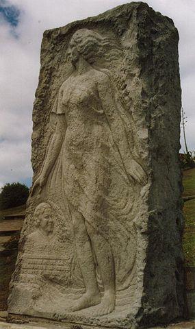 https://i0.wp.com/upload.wikimedia.org/wikipedia/commons/thumb/1/16/Monumento_a_Alfonsina_Storni.jpg/285px-Monumento_a_Alfonsina_Storni.jpg