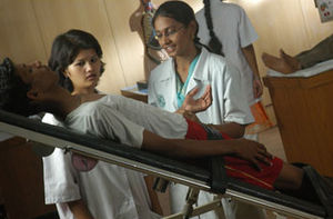 English: Students of Physiotherapy at Vels Uni...