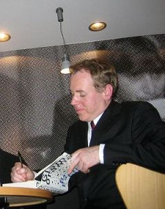 Bret Easton Ellis. Autograf session in Milan