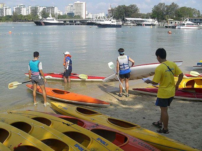 File:Fiberglass Kayaks.jpg