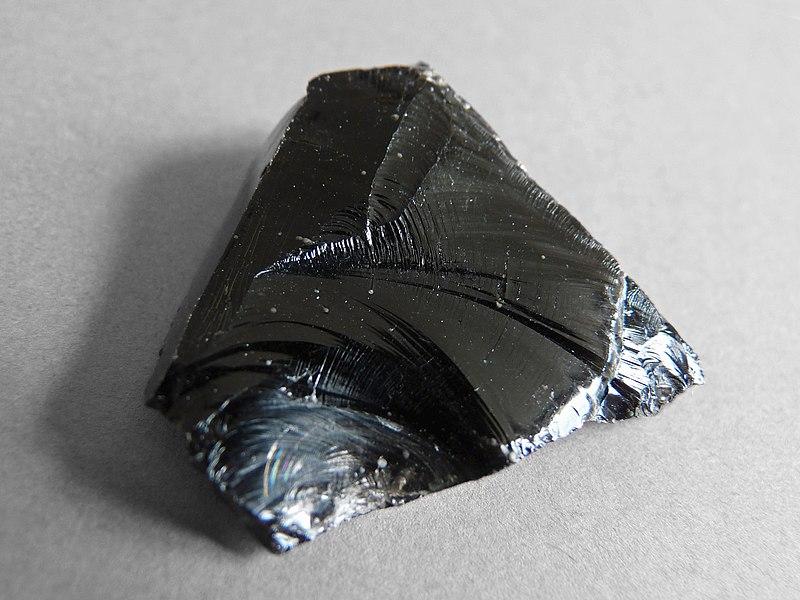 File:Lipari-Obsidienne (5).jpg