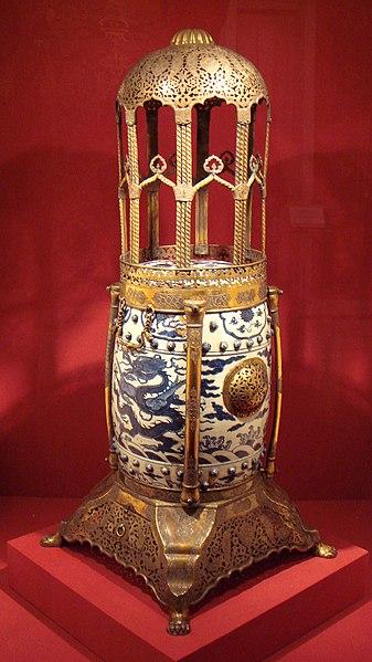File:Ming incense burner 1575 1600 with Ottoman mount 1618.jpg