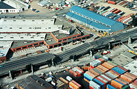 A section of the Cypress viaduct collapsed during the Loma Prieta Earthquake (1989).